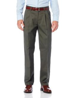 Lee Men's No Iron Relaxed Fit Pleated Pant, Olive, 42W x 30L