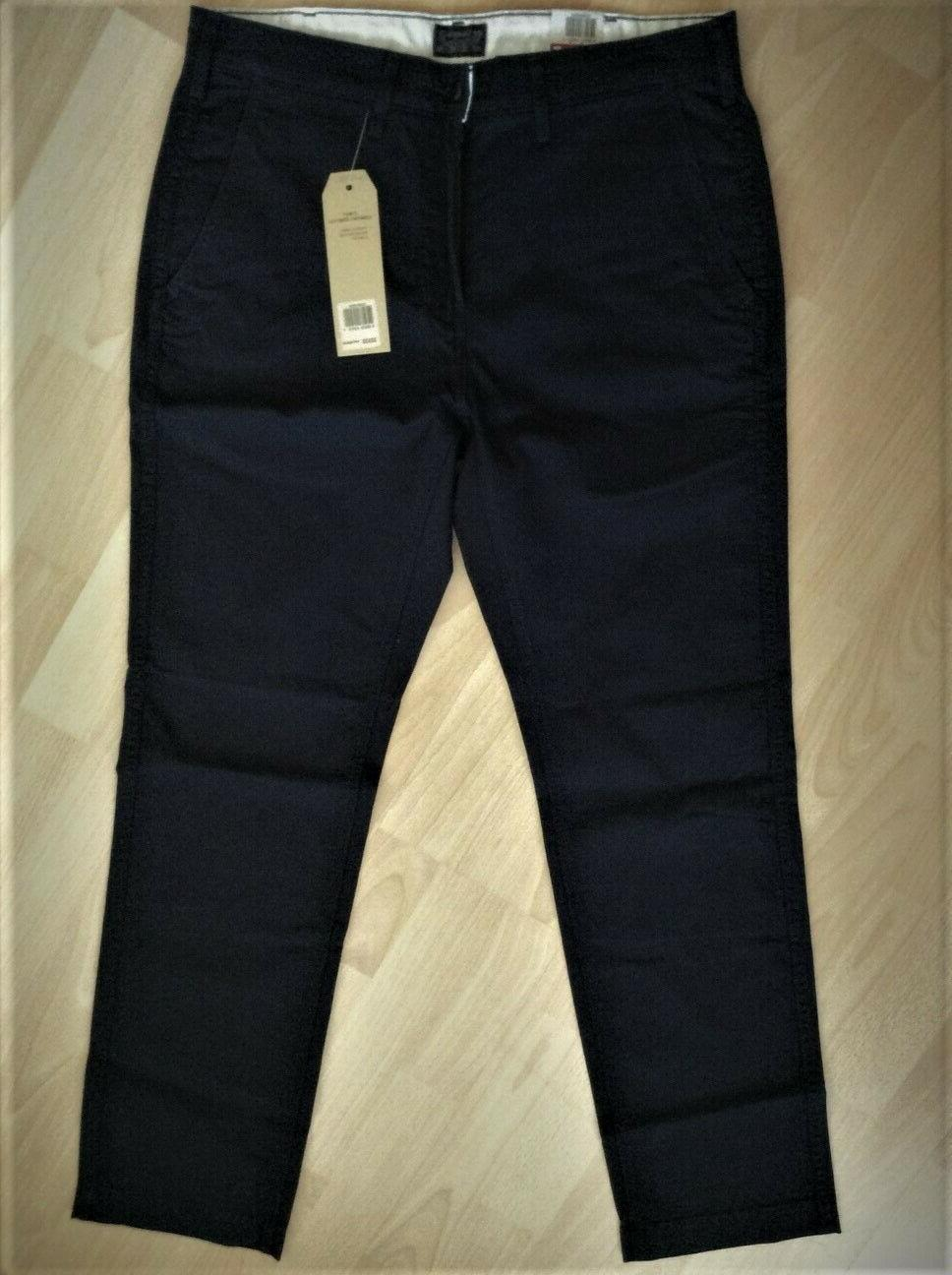 Levi's NWT ~ Athletic Chinos
