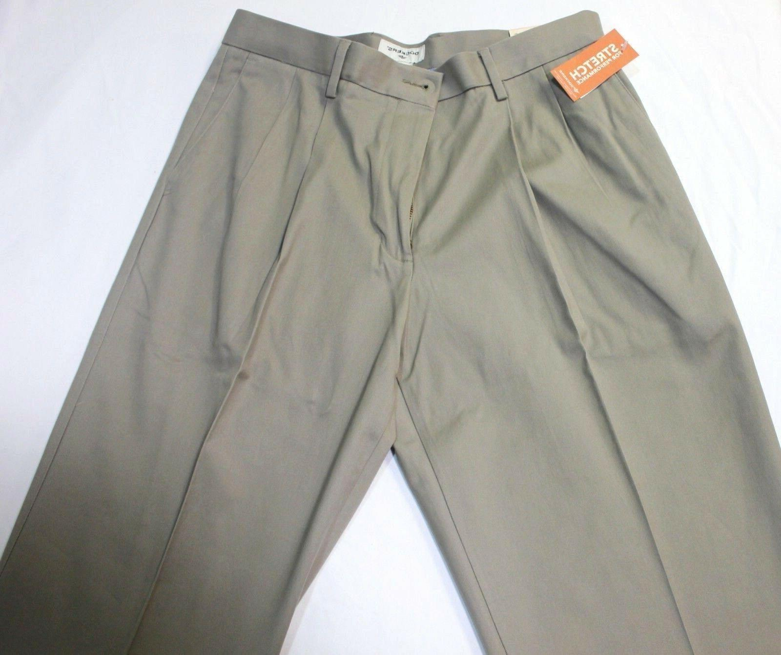 Men Relaxed Pleated Stretch Pants