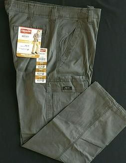Men's Wrangler FLEX Cargo Pants Relaxed Fit Olive Drab 34 36