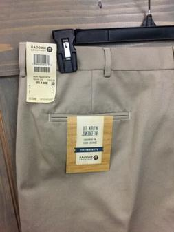 Men's Haggar Straight Fit  Pants #290 Khaki 36x30 No Iron Co