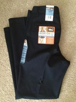 NWT Men's Lee Size 30X30 Black NO-IRON, Pleated, Relaxed Fit